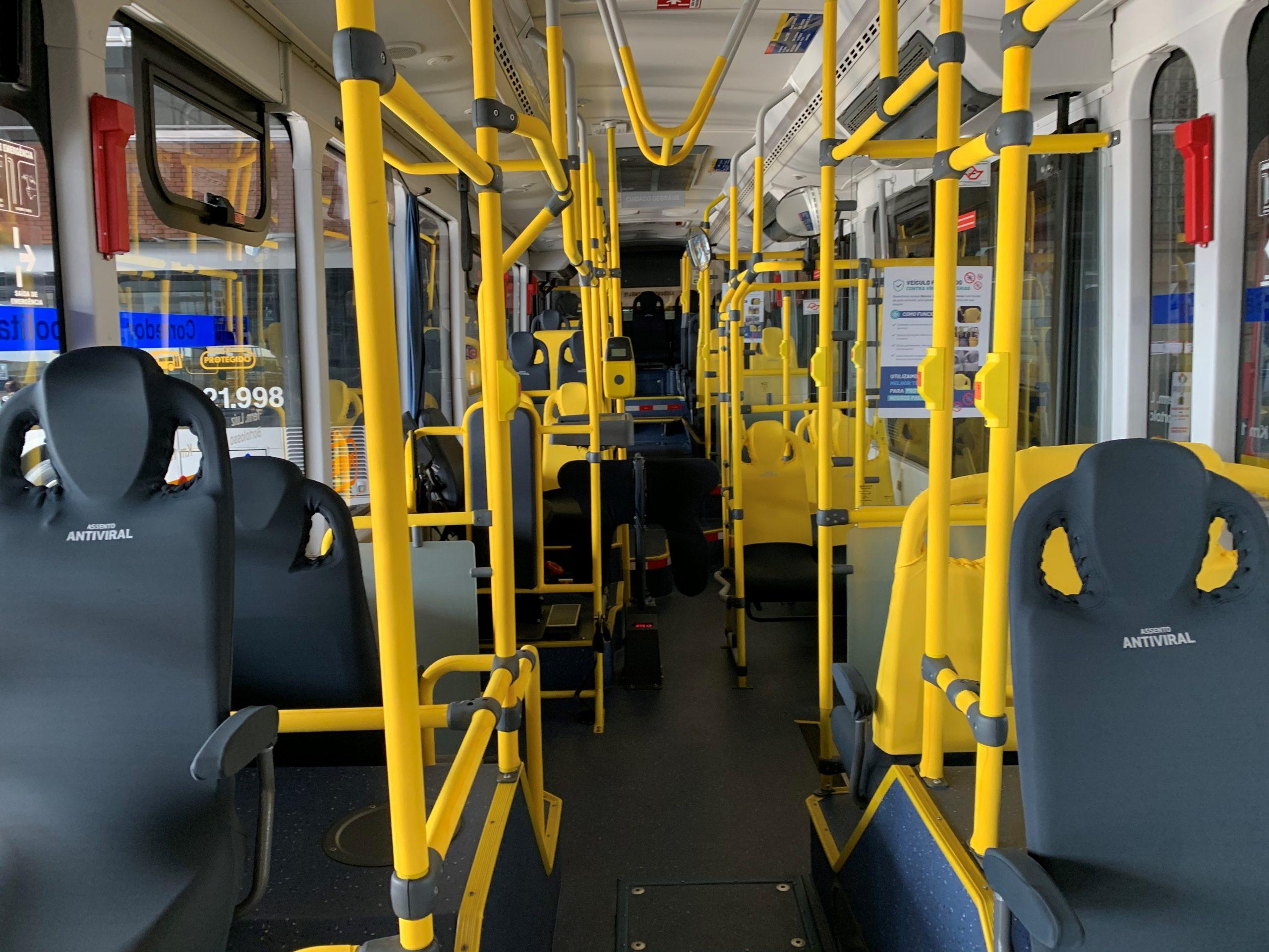 interior ônibus antiviral